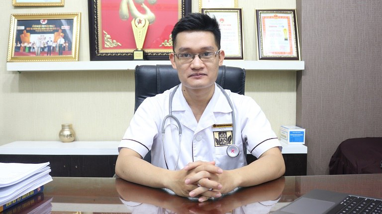 Bác sĩ Trần Hải Long