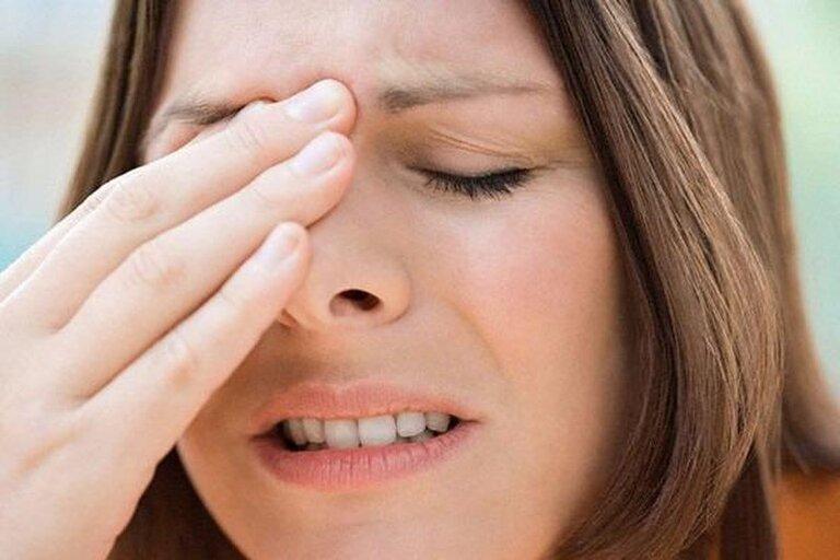 Viêm xoang là một trong những biến thể nặng hơn của bệnh viêm mũi dị ứng mãn tính