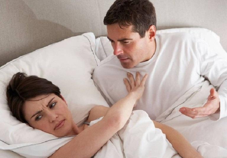 Viêm âm đạo do thiếu nội tiết ảnh hưởng rất lớn đến chuyện chăn gối và sinh hoạt vợ chồng