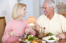 Viêm đau khớp nên ăn gì, kiêng gì?