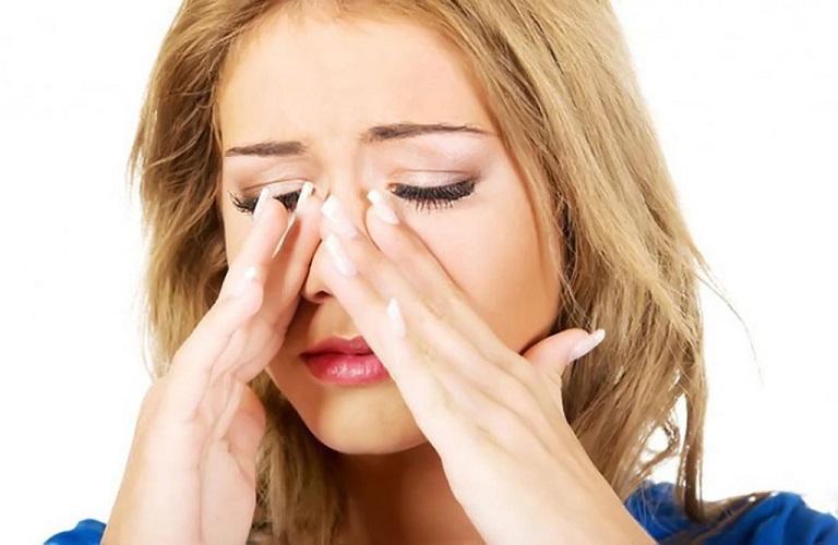 Viêm họng hạt ở lưỡi gây mệt mỏi, dẫn đến nhiều biến chứng vô cùng phức tạp