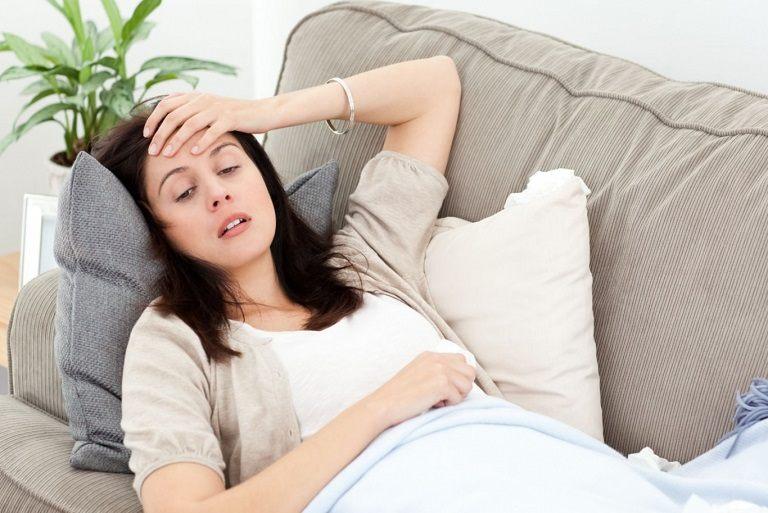 Viêm họng kéo dài mãn tính khiến người bệnh mệt mỏi, lo âu
