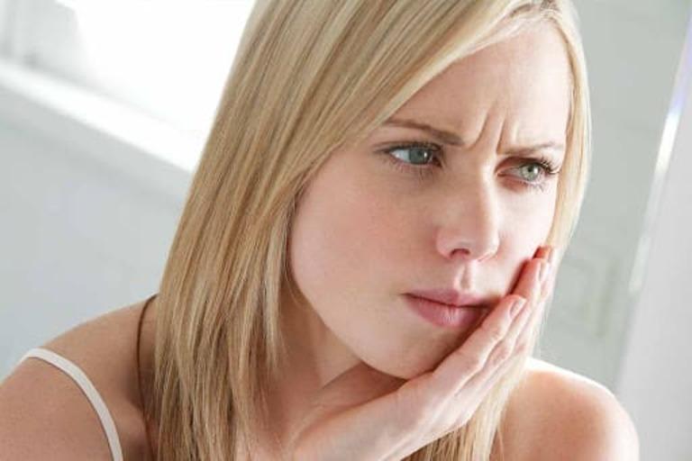 Sưng mặt thực chất là một triệu chứng gây nên bởi bệnh viêm xoang cấp