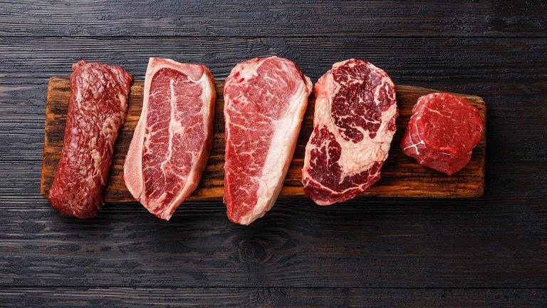 Bệnh nhân viêm khớp cần kiêng các loại thịt đỏ để tránh bệnh tăng nặng