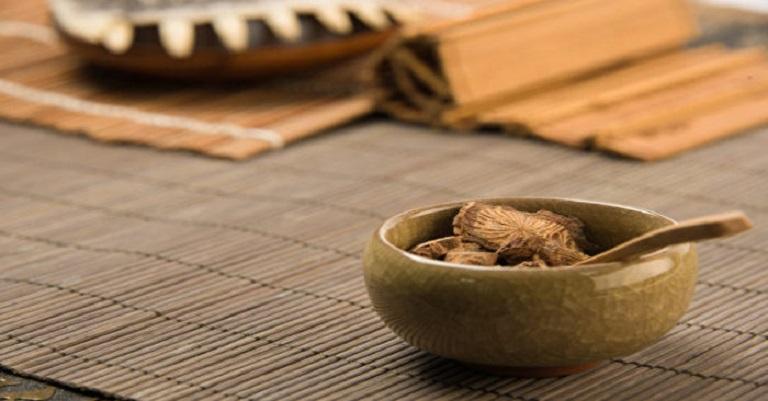 Bài thuốc Đông y giúp điều trị bệnh hiệu quả và không gây ra tác dụng phụ