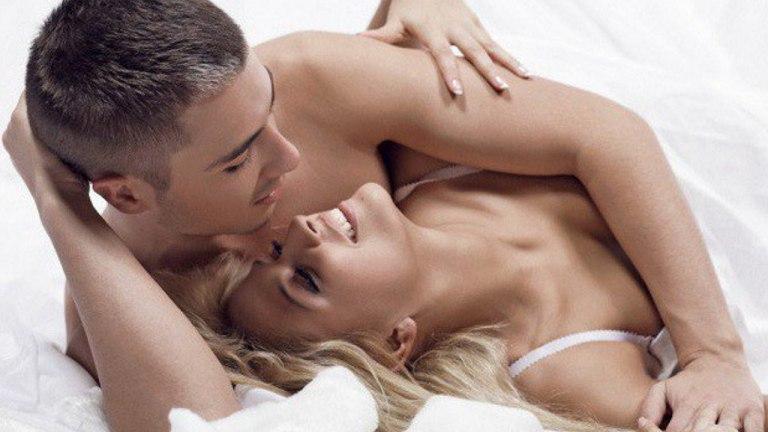 Tần suất quan hệ quá nhiều có thể gây rối loạn cương dương