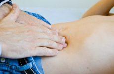 Hãy thăm khám chuyên khoa để biết chính xác nguyên nhân gây bệnh từ đó có hướng điều trị kịp thời