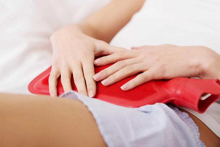 Chườm nóng là cách giảm đau đơn giảm và hiệu quả nhất