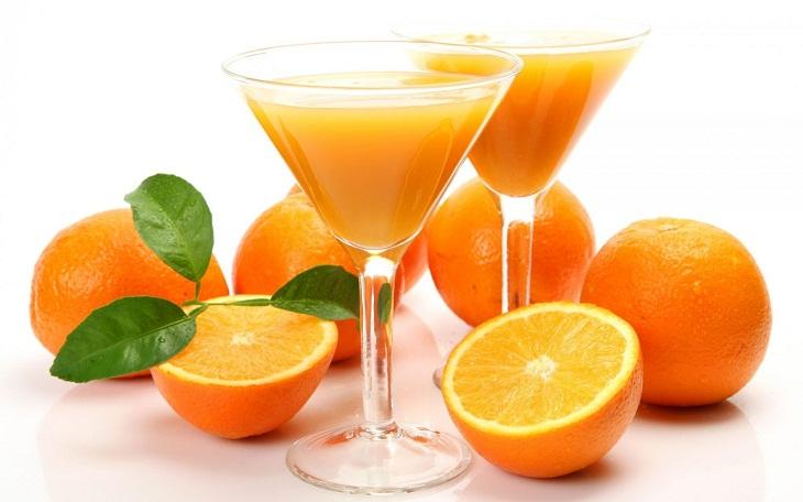 Uống nước cam buổi tối có tốt không?