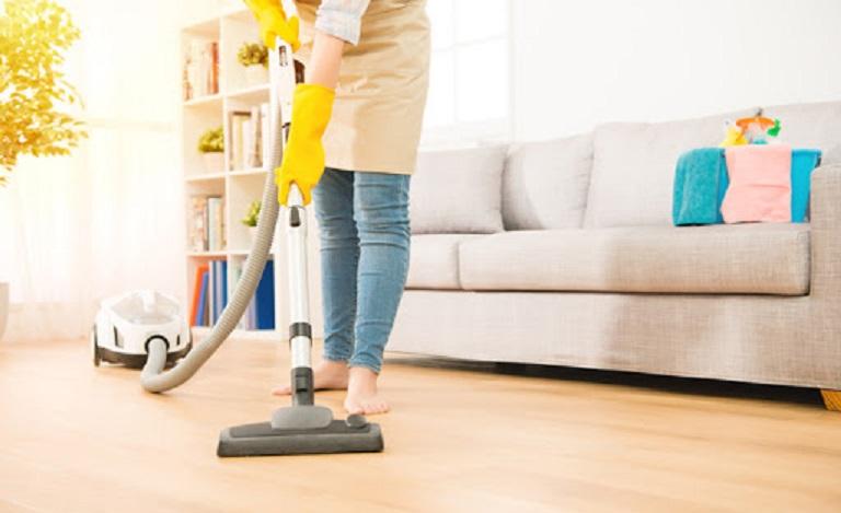 Lưu ý khi chữa bệnh cần vệ sinh nhà cửa tránh để vi khuẩn tích tụ và phát triển