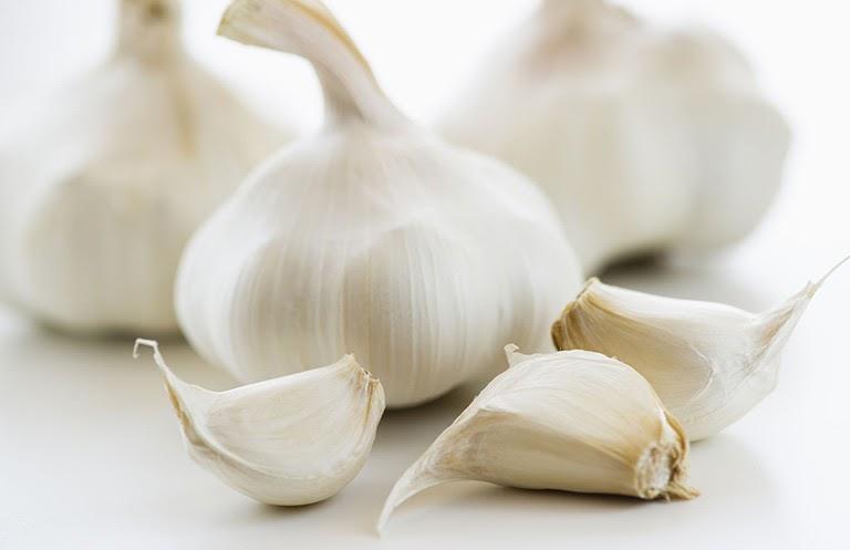 Tỏi là một trong những loại thực phẩm có tác dụng chữa nấm âm đạo hiệu quả