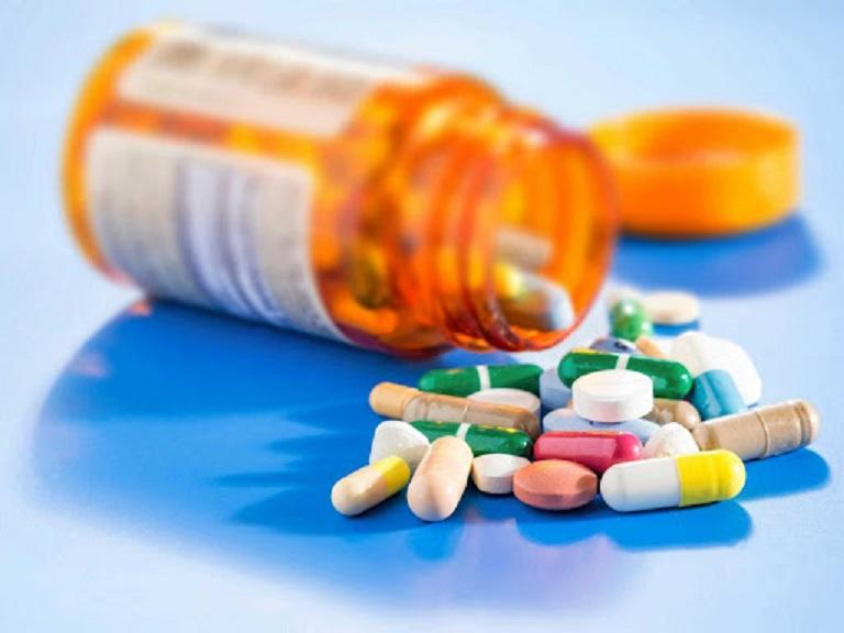 Thuốc tây là phương pháp chữa bệnh tại chỗ hiệu quả được nhiều người tin dùng