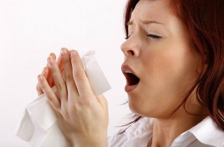 Viêm mũi dị ứng thời tiết lạnh nếu không điều trị kịp thời sẽ ảnh hưởng rất lớn đến sức khỏe người bệnh