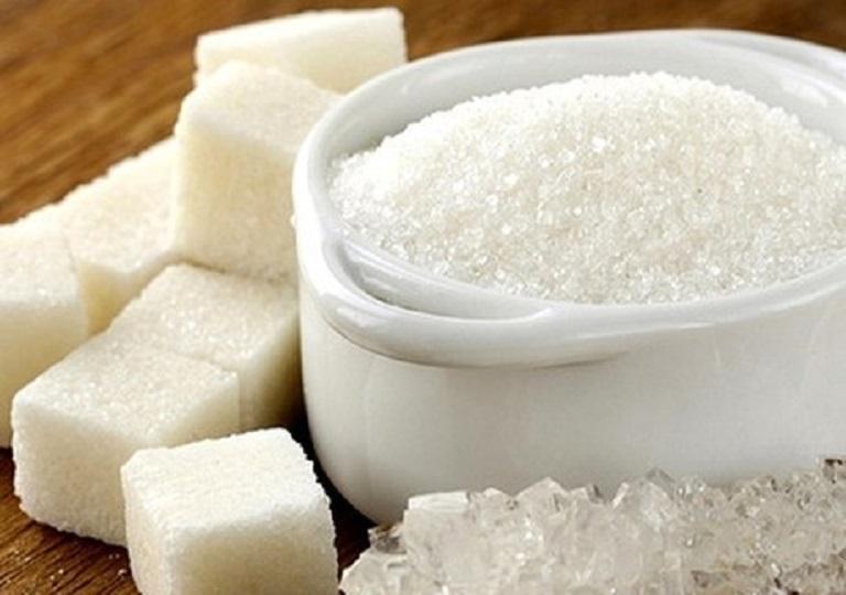 Người bệnh đang điều trị đau họng không nên ăn các loại đồ ăn quá ngọt