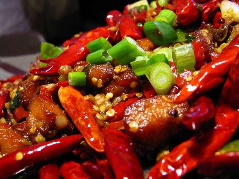 Nam giới liệt dương không nên ăn thực phẩm cay nóng