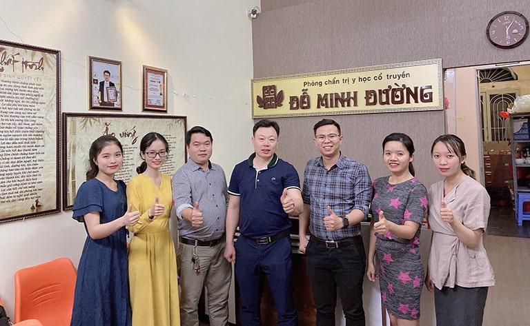 Đội ngũ nhân viên nhà thuốc tham gia buổi đào tạo cơ sở Hồ Chí Minh