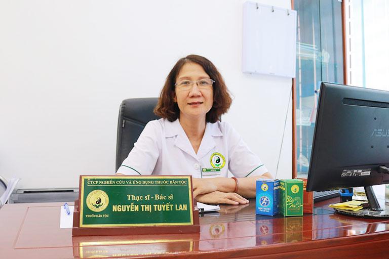 Bác sĩ Tuyết Lan đánh giá cao bài thuốc chữa thoát vị đĩa đệm đốt sống cổ của Đỗ Minh Đường