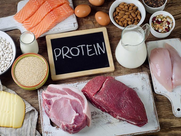 Người bị thoát vị đĩa đệm nên ăn gì - Thực phẩm giàu vitamin