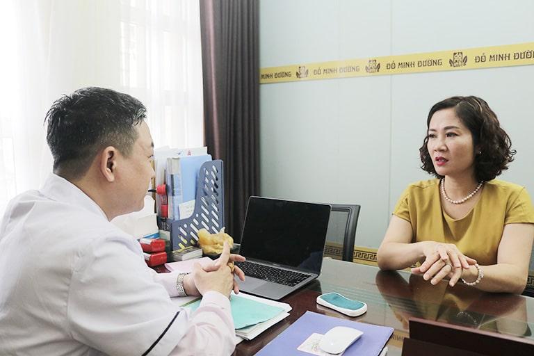 Nữ diễn viên Nguyệt Hằng đã điều trị mề đay tại Đỗ Minh Đường