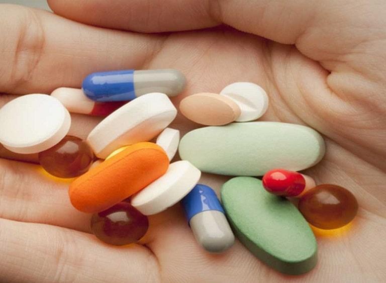 Thảo Thương từng dùng thuốc kháng sinh nhiều đến nỗi nhờn thuốc, sức đề kháng suy giảm nghiêm trọng