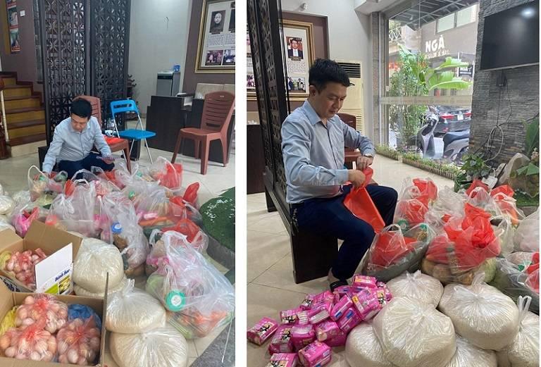 Lương y Tuấn gấp rút chuẩn bị các phần quà để gửi tặng đến sinh viên khó khăn