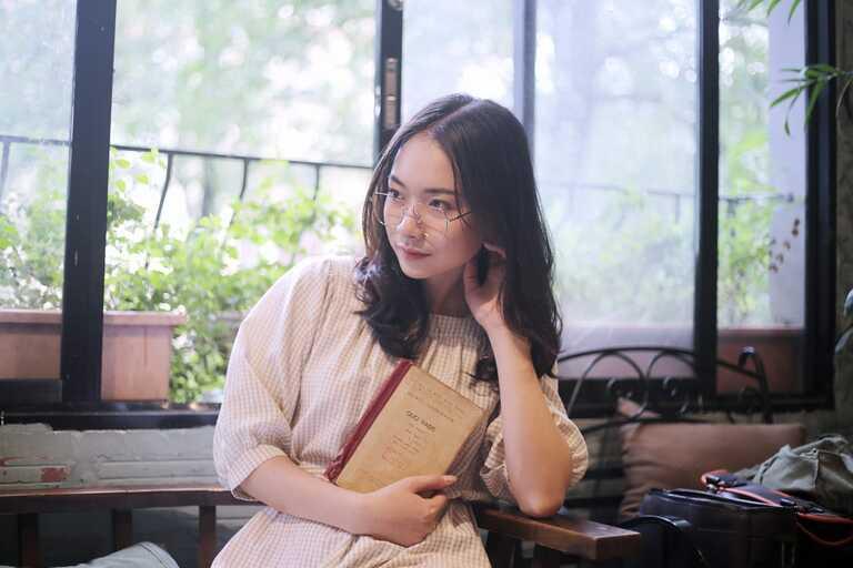 Thu Trang - Cô chủ nhỏ của một salon tóc tại Hà Nội từng khổ sở vì các triệu chứng viêm mũi dị ứng